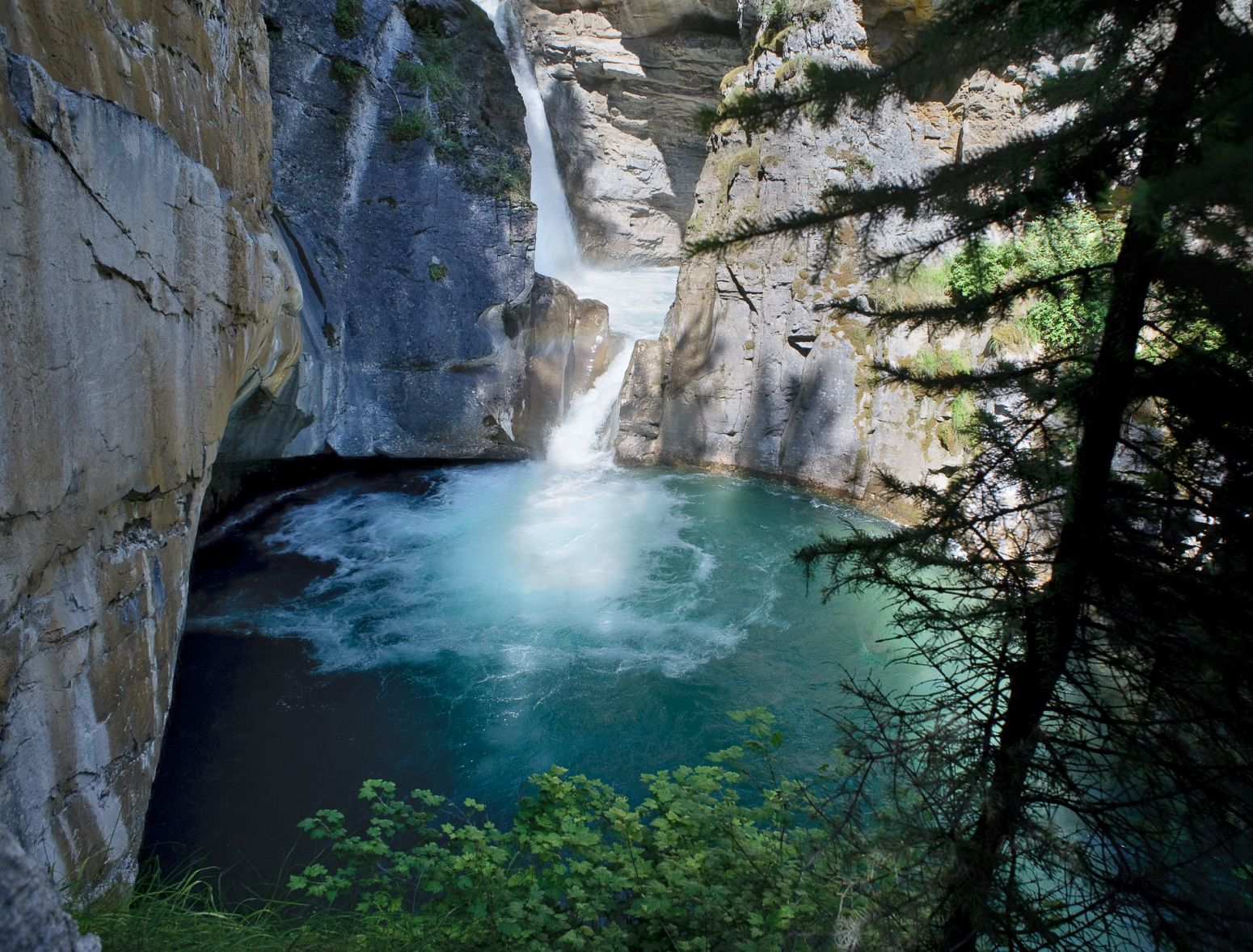 Johnston Canyon, Banff NP, Alberta, Canada