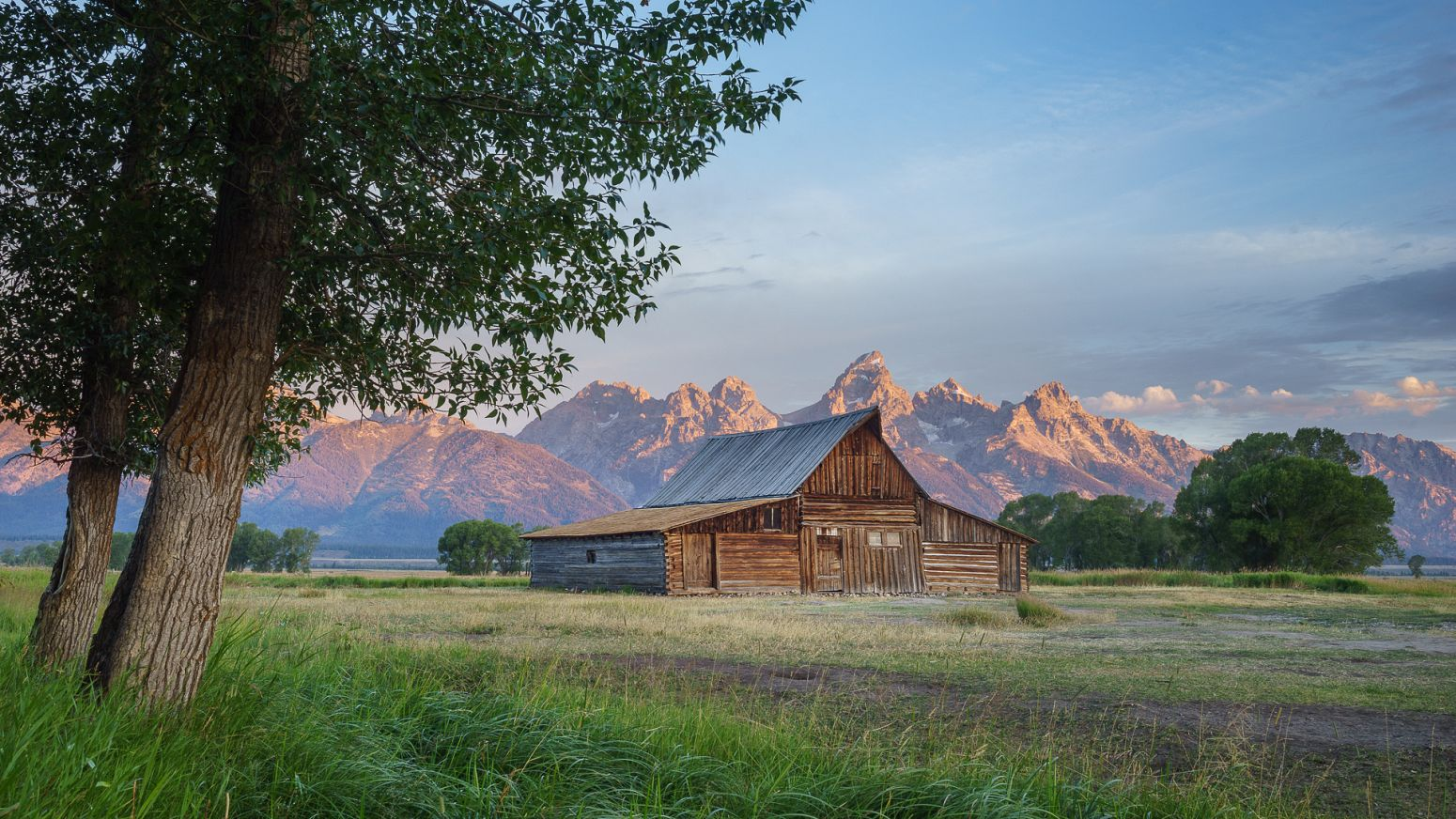 Mormon Row , Grand Teton NP, Wyoming, USA